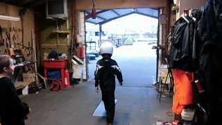 【7秒~必見】カート少年が魅せた華麗なスピンからのノンストップ駐車!