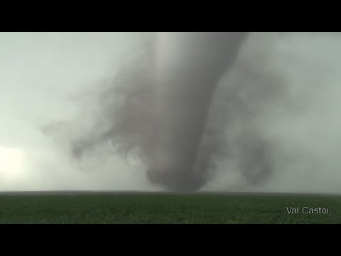 DODGE CITY, KS TORNADOES - 5-24-16 by Val & Amy Castor