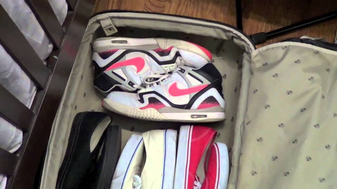 cb298d4b406 Sneakerhead Tips: Shoes For College/Travel - YouTube