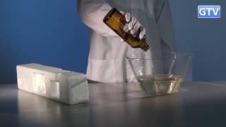 Омега 3, пенопласт и ацетон   химический опыт(Смотрите, как легко и быстро растворяется пенопласт в ацетоне. Скажите, а натуральная Омега-3 тоже должна..., 2016-05-24T13:24:09.000Z)