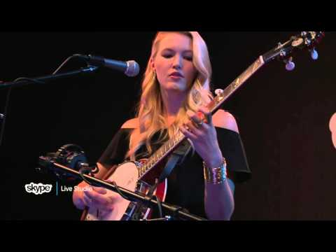 Ashley Campbell - Gentle On My Mind (98.7 THE BULL)