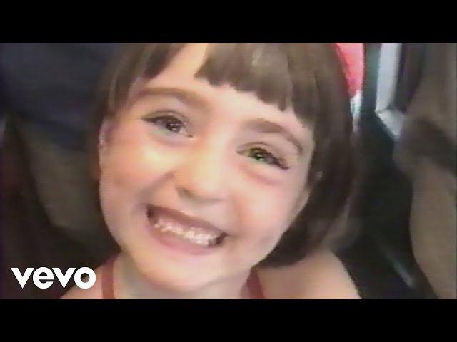Sasha Sloan - Older (Official Video)