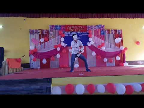phir bhi tumko chahunga.. dance on...