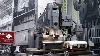 トヨタ産業技術記念館自動車館、シンシナチ社製倣い型彫盤の動画(プレス動作有)