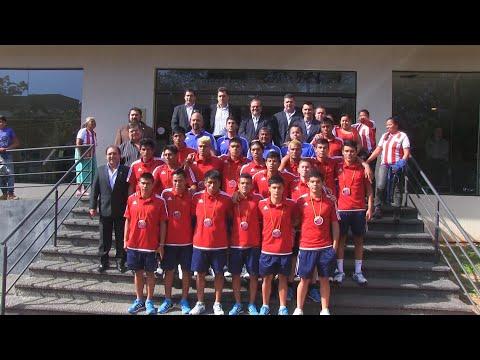Equipo ganador del mundial de fútbol indígena es elogiado en Paraguay