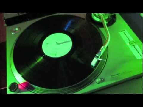 Common - Come Close (J-Dilla Remix) (Featuring Erykah Badu, Q-Tip, Pharrell Williams)