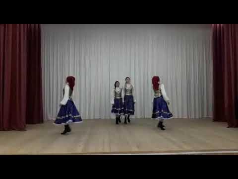 """Хореографический ансамбль """"Златница"""". """"Колесо""""-народно-сценический танец"""