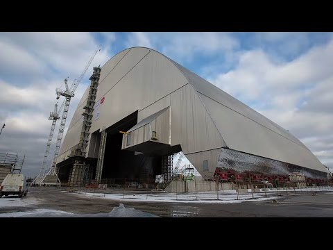 Giant radiation shield built to cap Chernobyl's damaged nuclear reactor