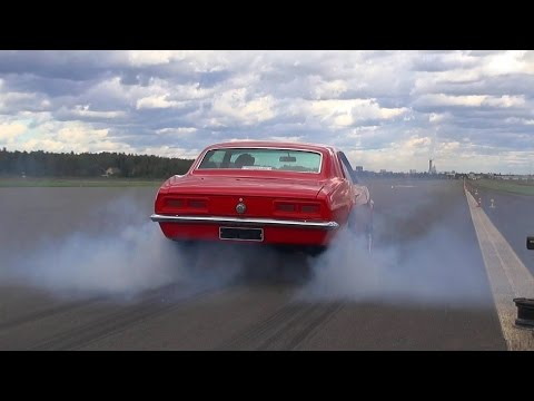 V8 Muscle Cars Hard Accelerations!