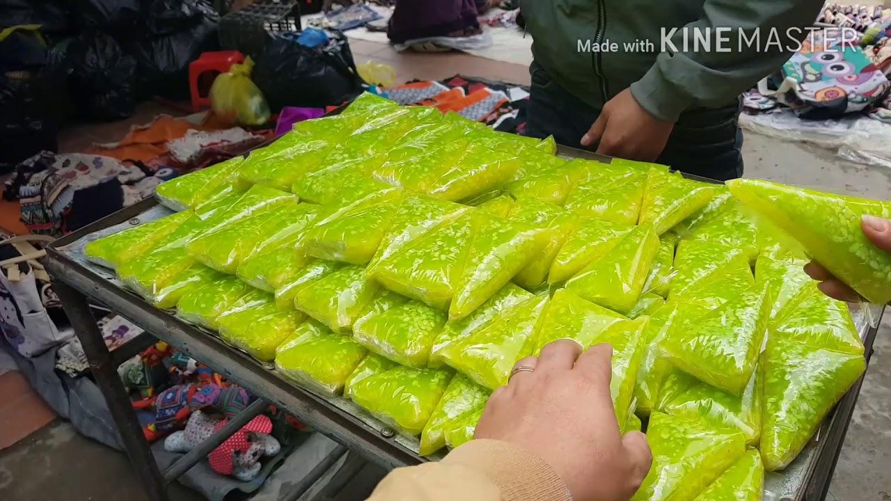 Chợ Sapa – Thịt trâu gác bếp của người Mông 400k/kg rẽ hơn Hoa Ban Food nhiều.