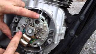 Video How to adjust and restore points on your vintage motorcycle download MP3, 3GP, MP4, WEBM, AVI, FLV September 2018