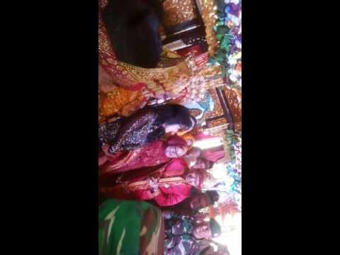 Undang artis( rita sugiarto) acara pernikahan keluarga(1)