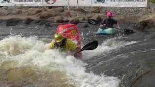 Тренировка сборной Пермского края по фристайлу на бурной воде на слаломном канале в Окуловке