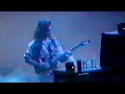 "Dream Theater - Arnhem 31.10.1993 ""Aardschokdag Festival"""