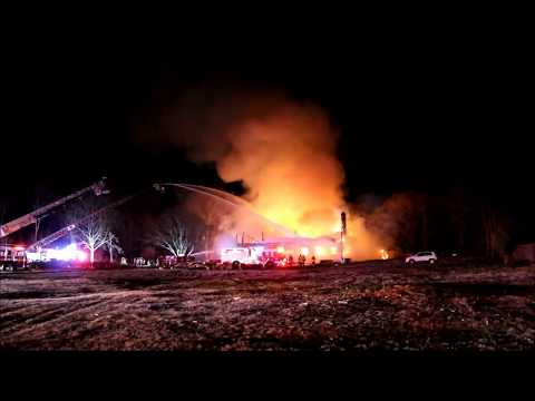 HISTORIC MANSION BURNS IN SMITHTOWN NEW YORK