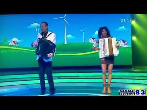 Athos Bassissi e Sabrina Salvestrin  mix canzoni popolari..