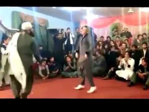 Talented Pathan Amazing Funny Dance in Pakistan - Pashto Dance