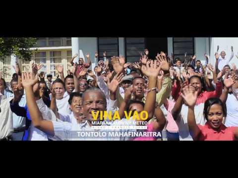 Clip Officiel Vina Vao miaraka amin'ny METEO MADAGASCAR 2017 (Sing for Climate)