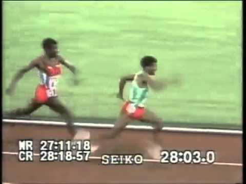 Haile Gebreselassie Gets Punched In the Head !