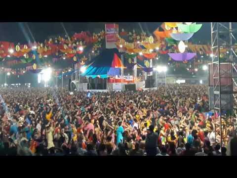 Aavi Nav Navratri Re.. Atul Purohit United Way Of Baroda 2016