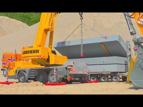 BEST OF RC ! BEST OF RC CRANE LTM 1055! FANTASTIC LIEBHERR EQUIPMENT! COOL SELF MADE RC CRANE TRUCK!