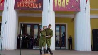 Трогательный танец-попурри на военную тему в честь Дня Победы / Dance-medley on the military theme