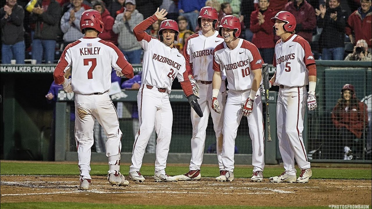 Louisville baseball's extends season with win over Auburn, keeps focus on task at hand