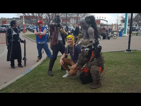 CALGARY EXPO Friday 28/04/2017, AWESOME cosplay and costumes, EPIC art, hugged by a FURRY