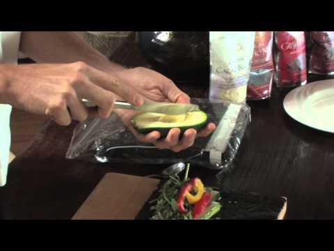 Superfoods: Raw Vegan Sushi & Green Leaf Wrap