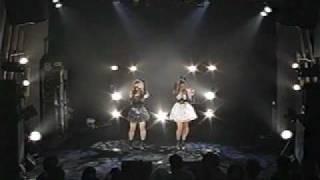 朝川ことみ・高山未帆で結成されたユニットです。 80年代のアイドル楽曲...