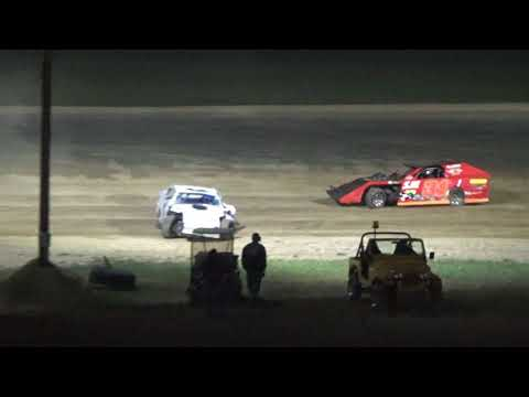 Open Modifieds Feature Race at Crystal Motor Speedway, Michigan on 09-03-2017!!