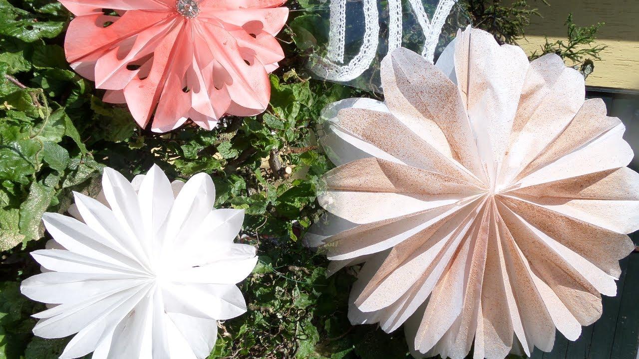 diy: beleuchtete garten lampions, blÜten aus papierfrühstückstüten