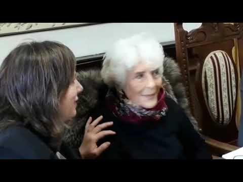 Ribadeo reconoce a Luz Pozo Garza como hija predilecta