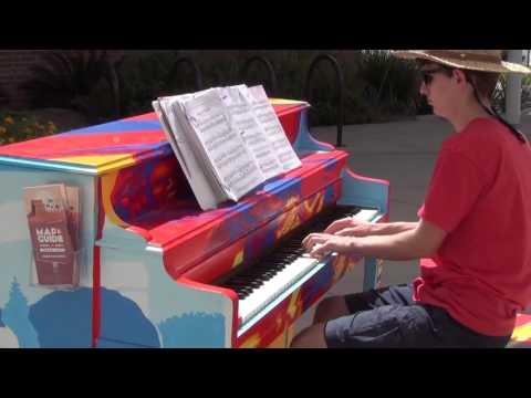 Street Piano,
