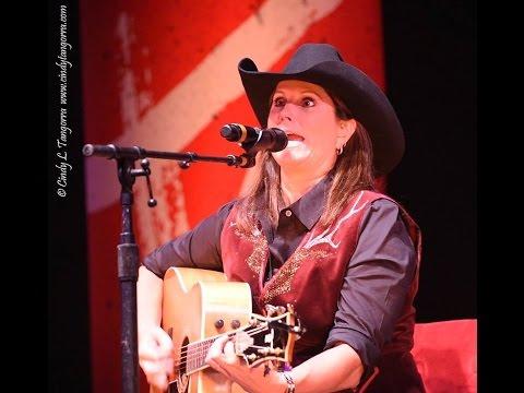 Terri Clark - Anderson/Conlee/Jones Medley, Lindsay, ON, 9/24/16