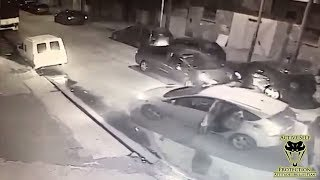 Off Duty Cop Wins the Day in Carjacking Attempt | Active Self Protection