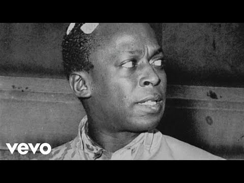 Miles Davis - Assaulted by Police