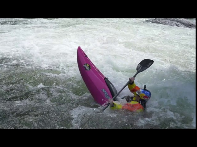 Jackson Kayak Antix 2.0 | Low water Antix on the Upper Gauley with team JK