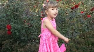 Алина-малина(Алина Майэр (5 лет) поёт песню