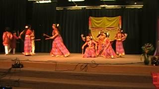 2013 Karnataka Rajyotsava at San Diego Del Sur School. Kolata Dance in Cheluve Cheluve song.