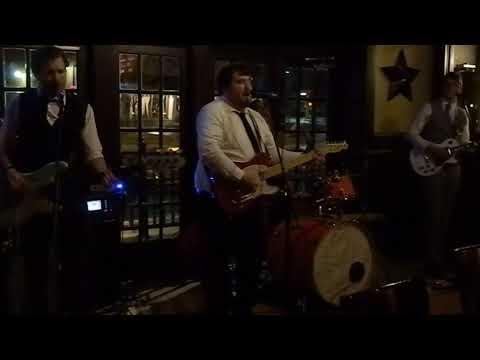 The Gents Des Moines - Runaround Sue