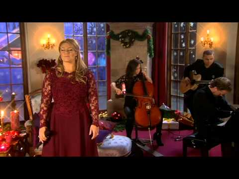 Sarah Dawn Finer - Maybe this christmas (Live @ Årets julvärd)