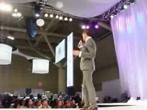 Randy Fenoli at Canada's Bridal Show