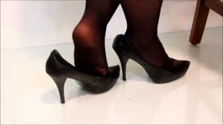 Repeat youtube video Dangling & Shoeplay: Standiste