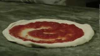 Venice Pizza Making at Rosso Pomodoro ristorante in HD 1080p