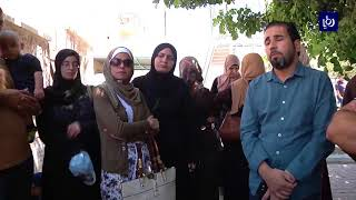 محتجون يطالبون برحيل رئيس ديوان الخدمة المدنية وتحقيق العدالة في التعيينات - (12-7-2018)