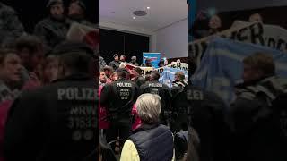 Polizei Gewalt bei afd Veranstaltung