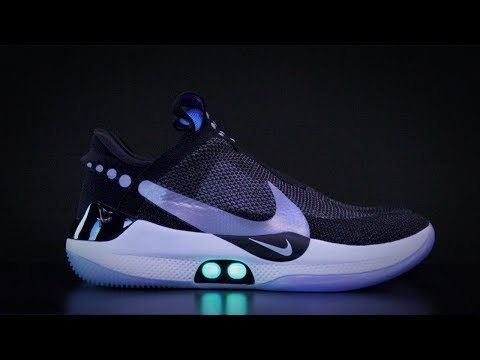 Dave Styles - Nike's Self-Lacing Shoes Are The Shoes Of The Future!