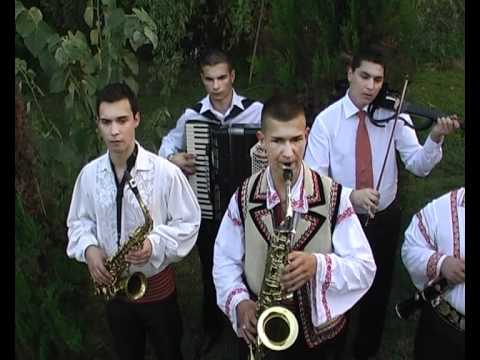 Clip - 04-Claudiu Topala -sax- Hore ca la Cornesti-2010