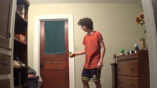 I love kendama. I do not own the rights to the song in this video. Average White Band - Pick up the Pieces.